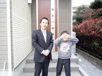 草加市 新築一戸建て I様 「仲介手数料が無料だったのに、阿部さんは、とても親切に対応してくれた。」